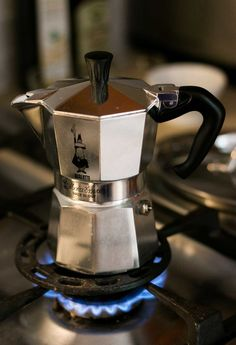 Okiełznaj swoją kawiarkę! Jak zaparzyć kawę w domu, cz.1